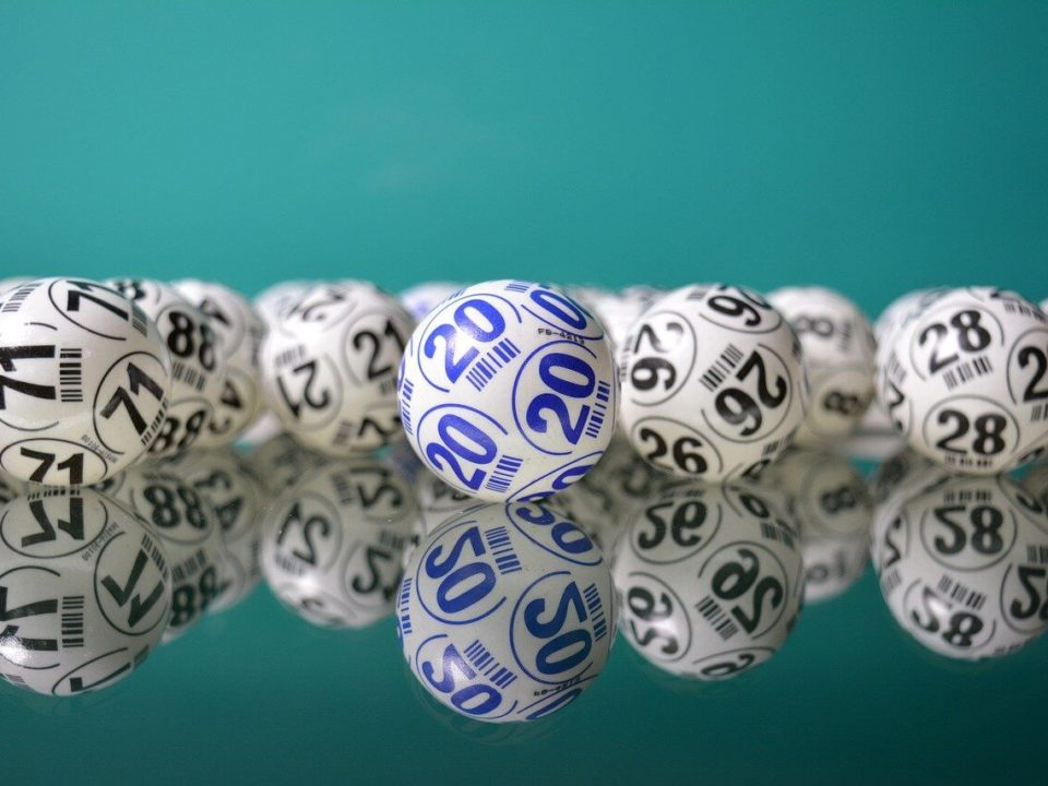 how to spot lottery scams